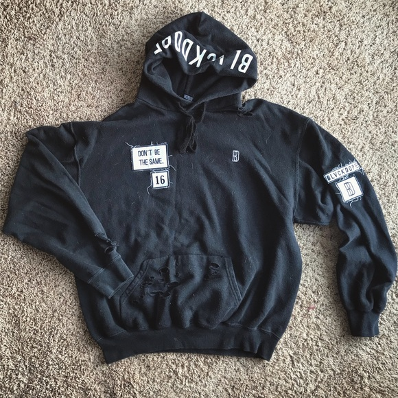 Other - Yeezy Style Patch Rip Hoodie BlackDope Sz Medium